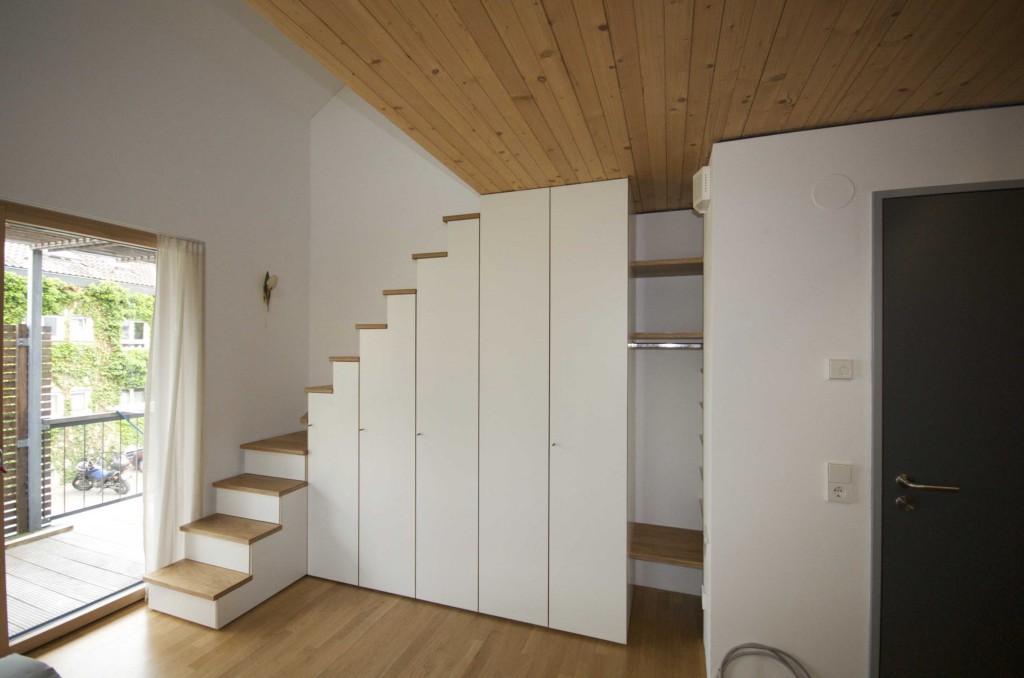 treppenschrank kinderzimmer holz hochbett treppen schrank. Black Bedroom Furniture Sets. Home Design Ideas